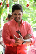 Allu Arjun Stylish Photos Gallery-thumbnail-6