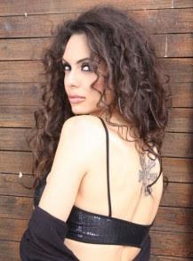 Лияна планира дует с Никос Вертис