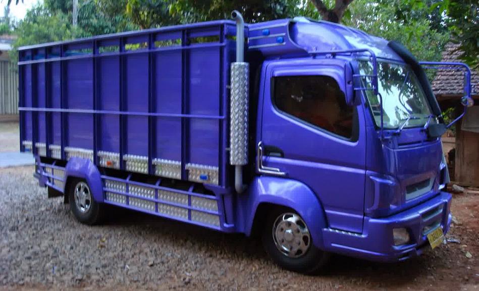 inilah foto modifikasi mobil truk mitsubishi canter terbaru ceper dan keren autogaya. Black Bedroom Furniture Sets. Home Design Ideas