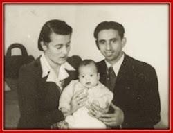 הזוג הצעיר עם ציפי התינוקת