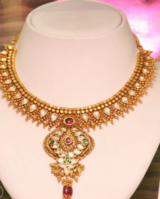 Hairstyle Coiging Grt Necklaces