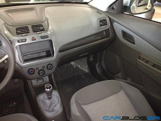 Chevrolet Cobalt LT 2013 - interior