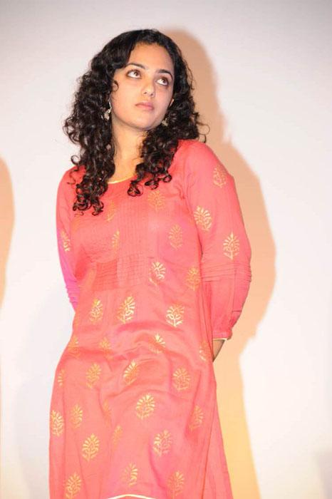 nithya menon glamour  images