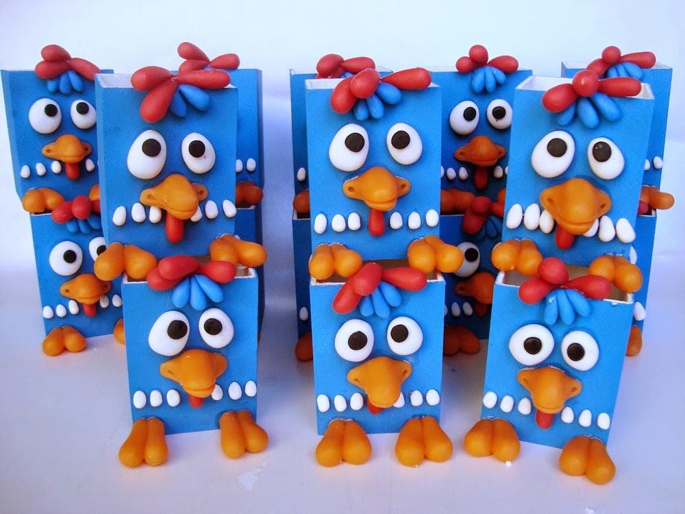 lembrancinhas de biscuit galinha pintadinha
