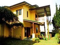 Villa Istana Bunga Lembang Blok J No.2B