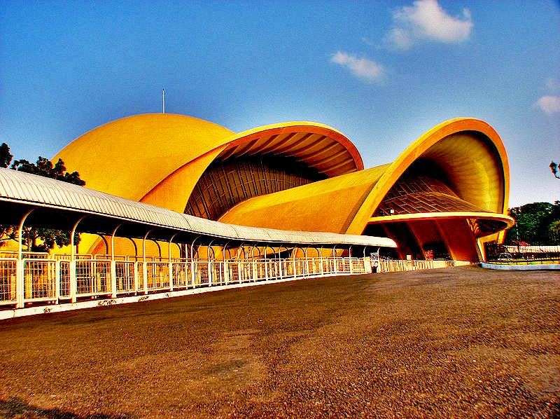 Keong Emas (The Golden Snail)