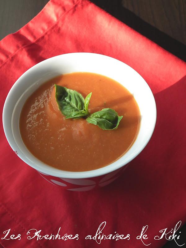 faits avec amour les aventures culinaires de kiki potage aux tomates et aux haricots blancs. Black Bedroom Furniture Sets. Home Design Ideas