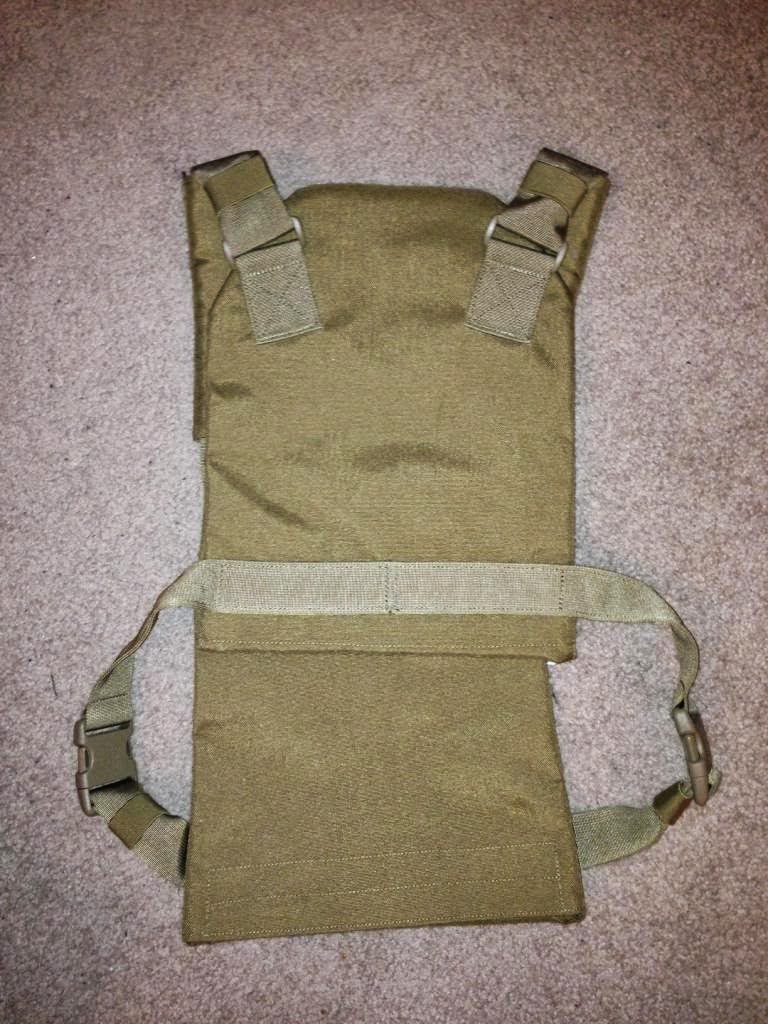webbingbabel blackhawk low vis plate carrier. Black Bedroom Furniture Sets. Home Design Ideas