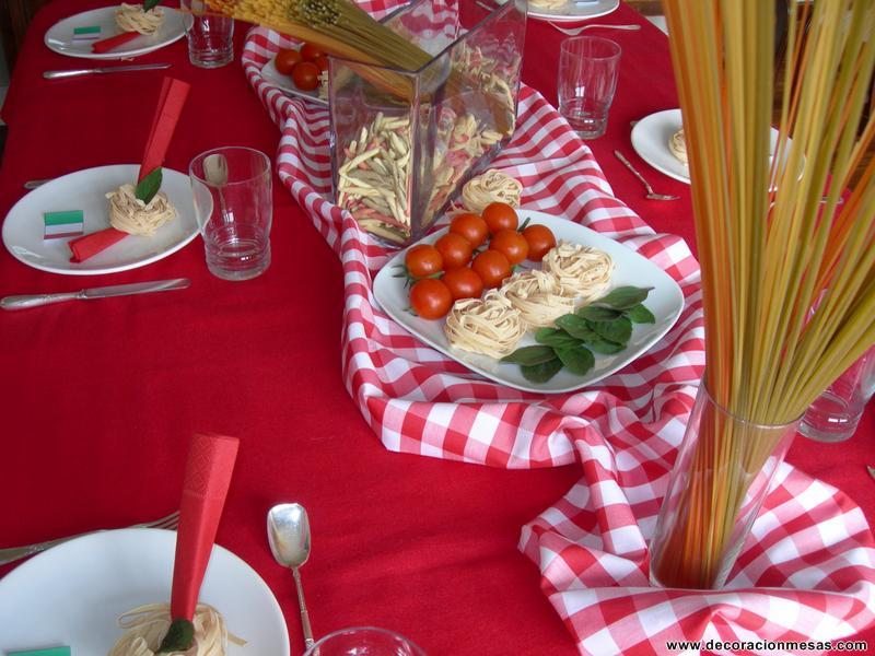 Decoracion de mesas mesa merienda italiana for Decoracion italiana