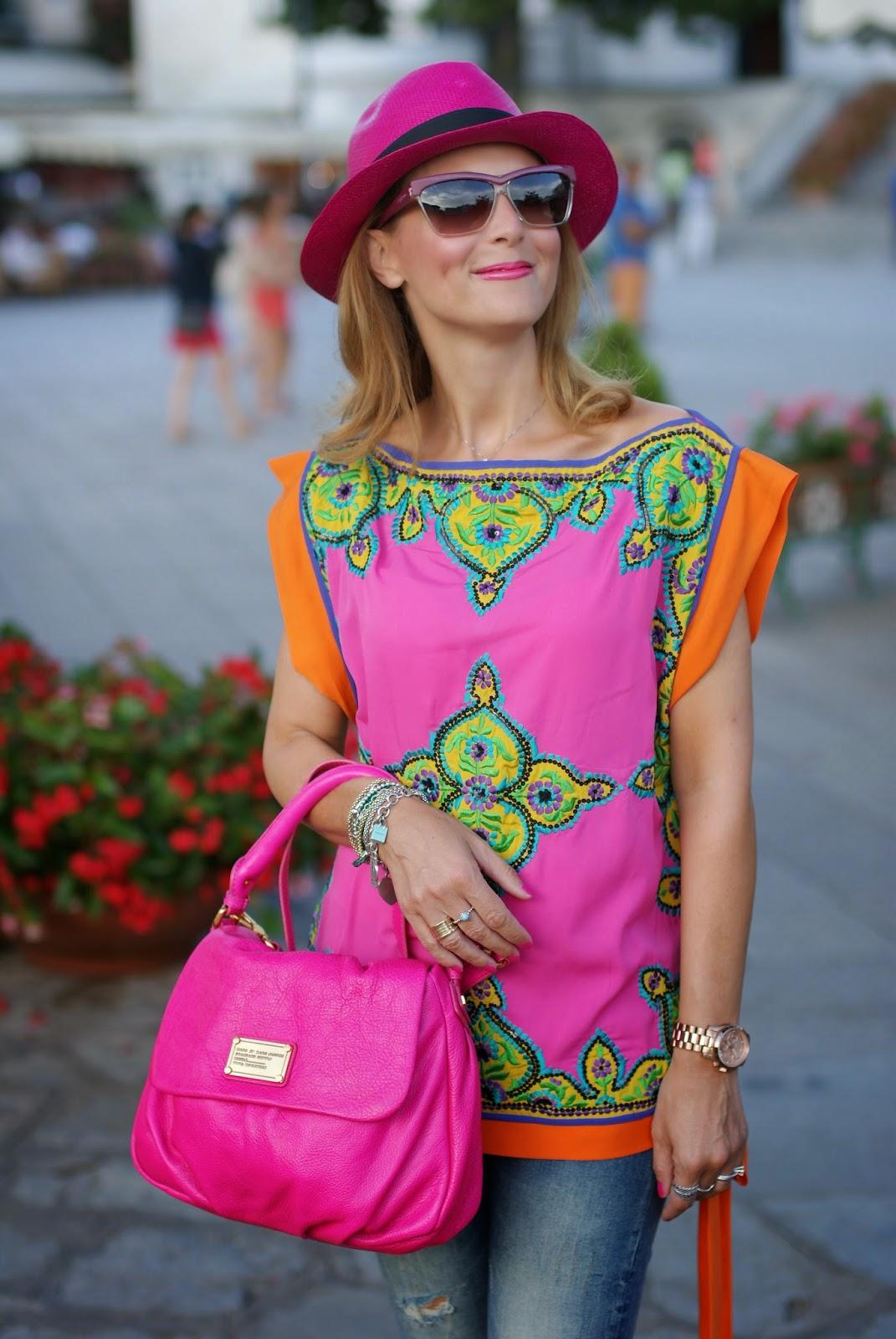 Preeti S Kapoor top, Little Ukita bag, Ecua-Andino hat, Fashion and Cookies, fashion blogger