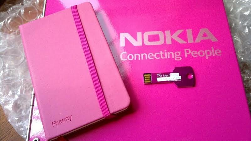Nokia N8 Think Pink