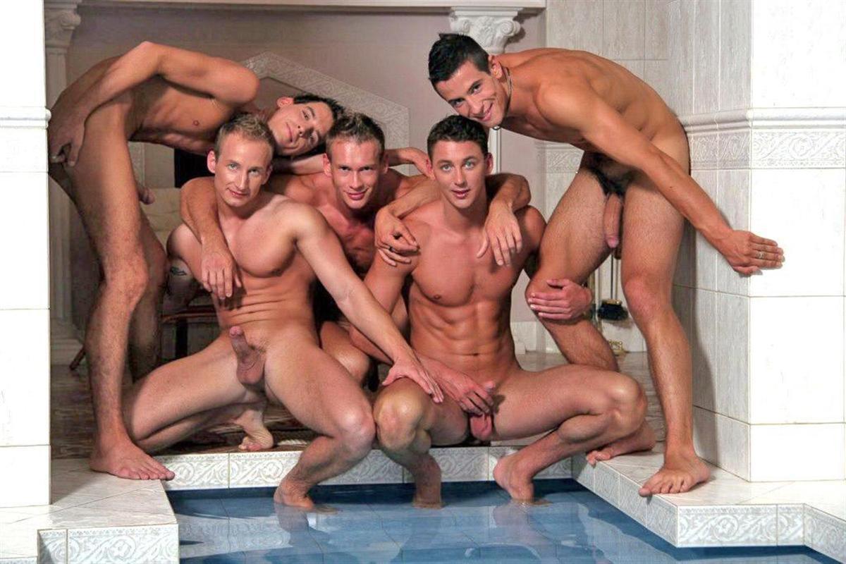 Hombres desnudos en grupo!! Parte II - Mis morbos