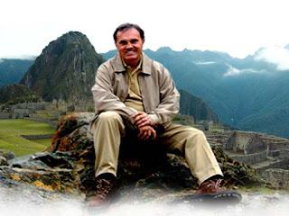 Entrevista con Sixto Paz, El 2012 se aproxima (video)