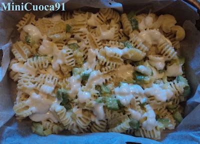 radiatori con zucchine, zucca e mozzarella... al forno! un post sporadico!