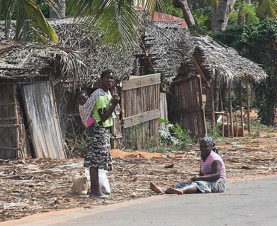 Moçambique - O DESTINO DA NOSSA DEMOCRACIA