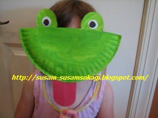 Maschera da Ranocchia da Riciclo Creativo Piatti