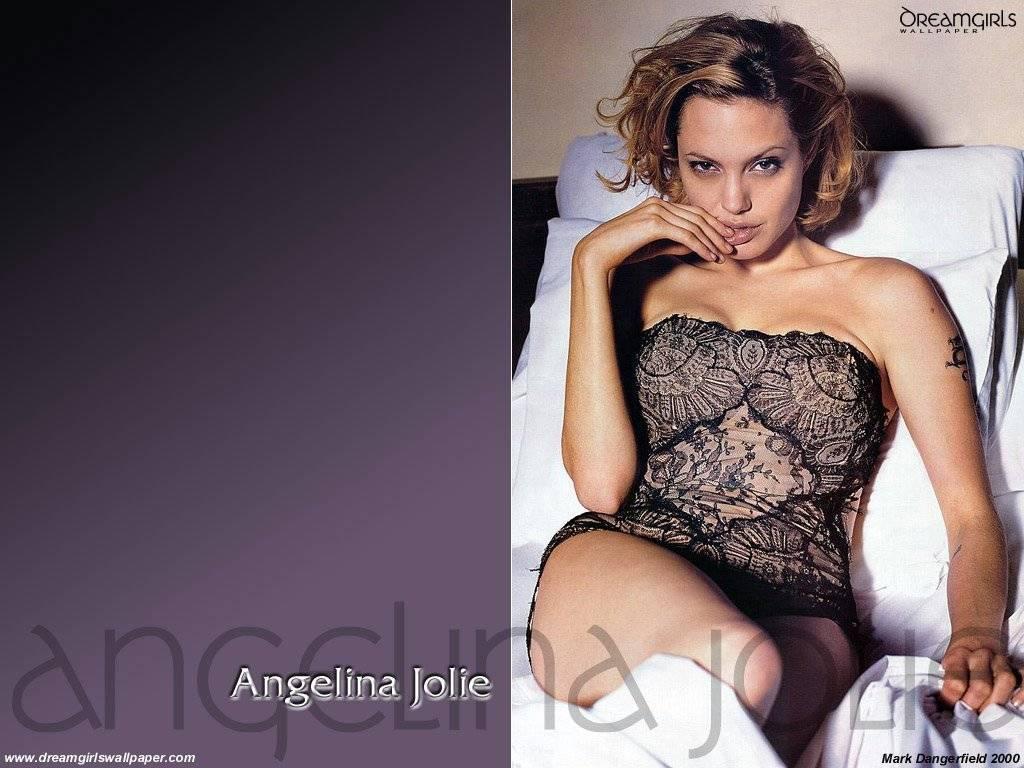 Angelina Jolie-253