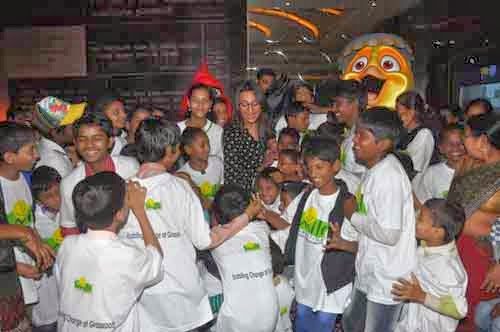 Sonakshi Sinha with NGO Kids at RIO 2 Special Screening Gallery