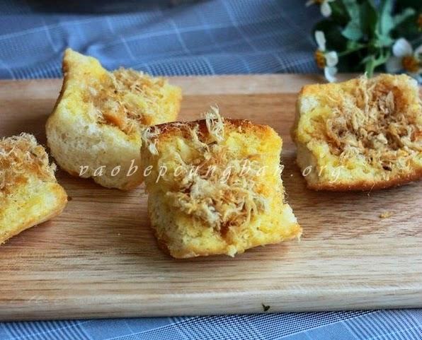 Cách làm bánh mì bơ ruốc cho bữa sáng nhanh gọn