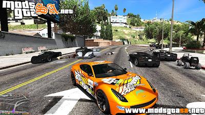 V - Mod Tráfego Extremo de Veículos para GTA V PC