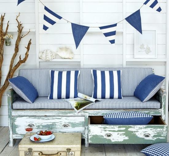 Coastal Style Beach House Accessorising Decorating Tips