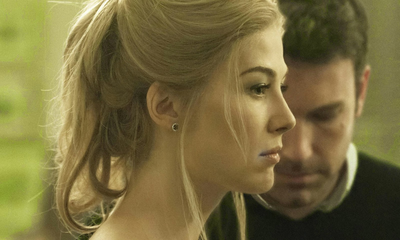 gone girl-rosamund pike-ben affleck