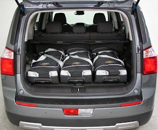 imagine cu portbagajul Chevrolet Orlando