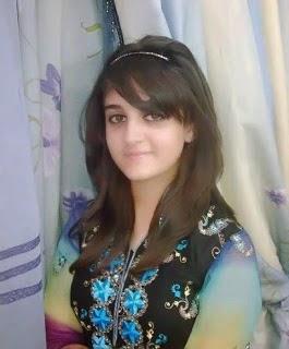 Indian & Pakistani sexy hot aunties