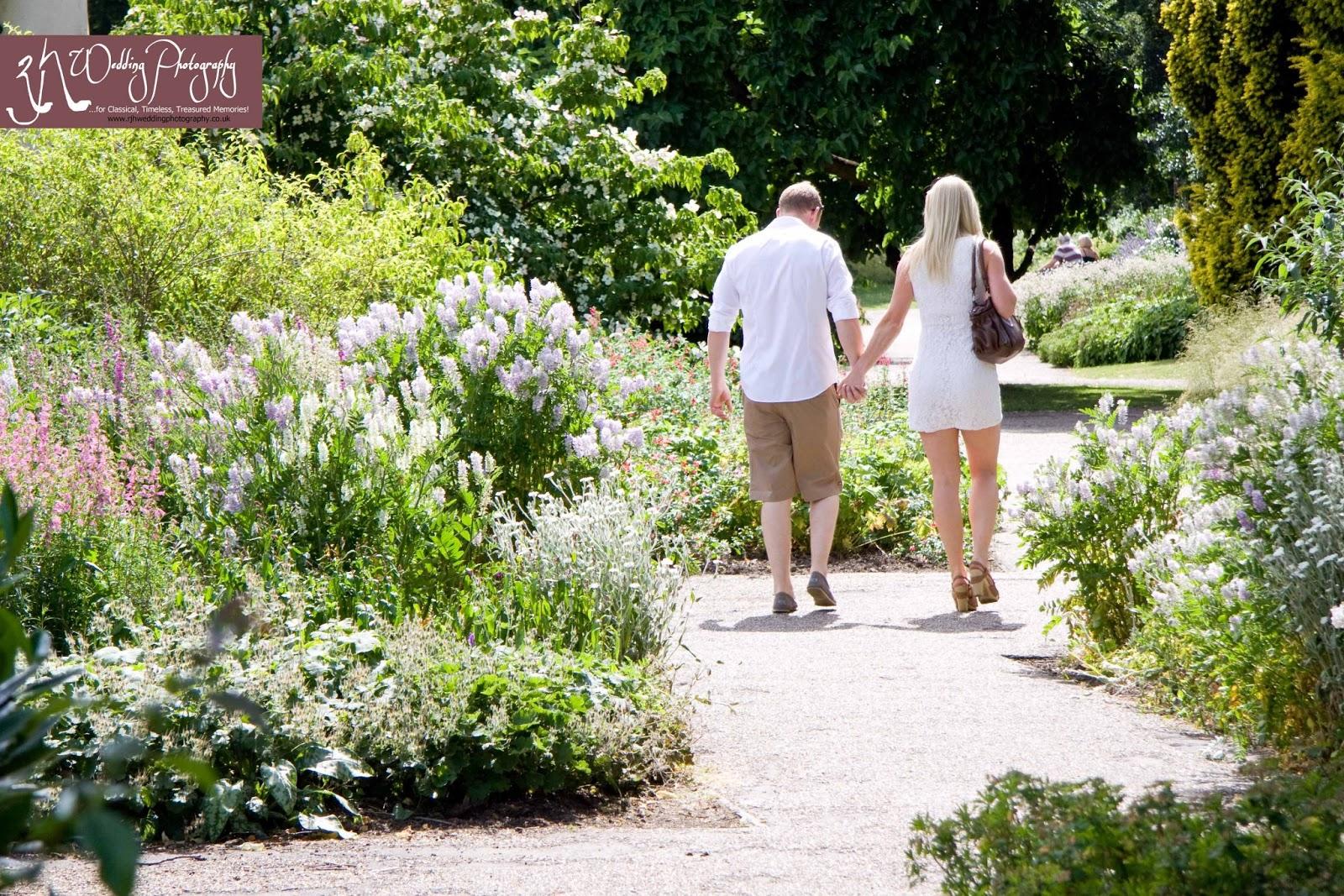 Sheffield Wedding Photography Sheffield Botanical Gardens  Www.rjhweddingphotography.co.uk