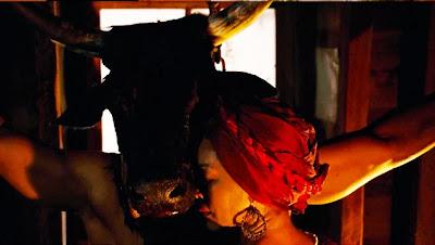 American Horror Story S03E01. Bitchcraft