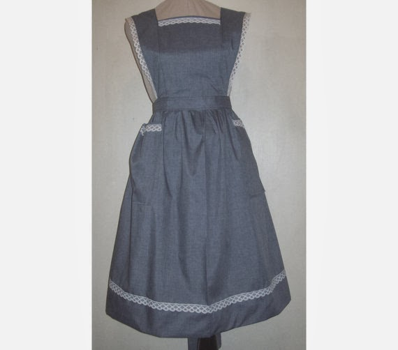 https://www.etsy.com/listing/120219401/plus-size-1x-flared-strap-bib-apron-with?ref=shop_home_feat_3