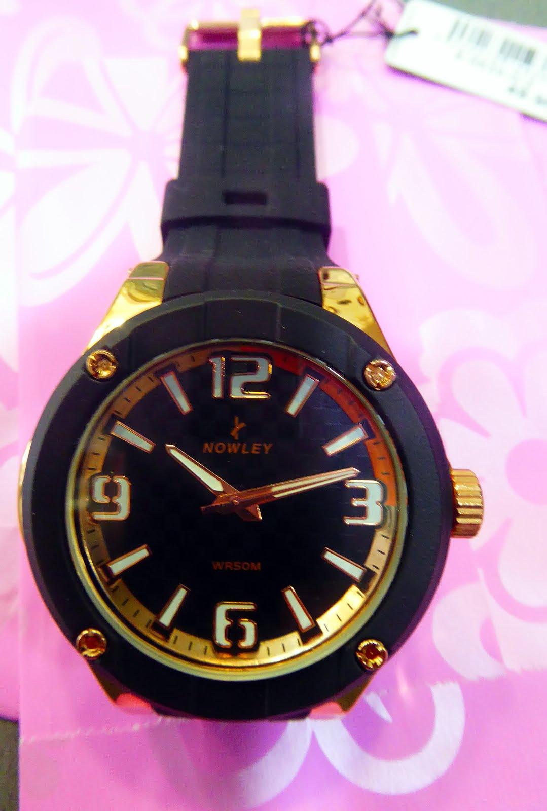 Reloj Nowley, sumergible con tapa a rosca, acero rosa, tamaño grande.