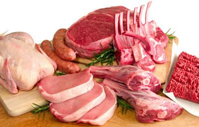 Carnes: pollo, costillas, chorizos, pulpón