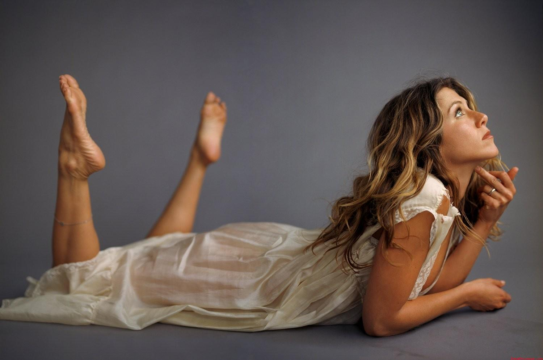 Celebsole jennifer aniston soles - Jennifer aniston barefoot ...
