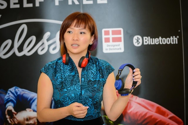 Ann Goh Sales Director, Central Asia, Consumer Solutions, GN Netcom briefing the media