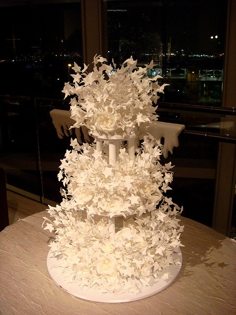 Unique Wedding Cake Ideas - Starry Wedding Cake