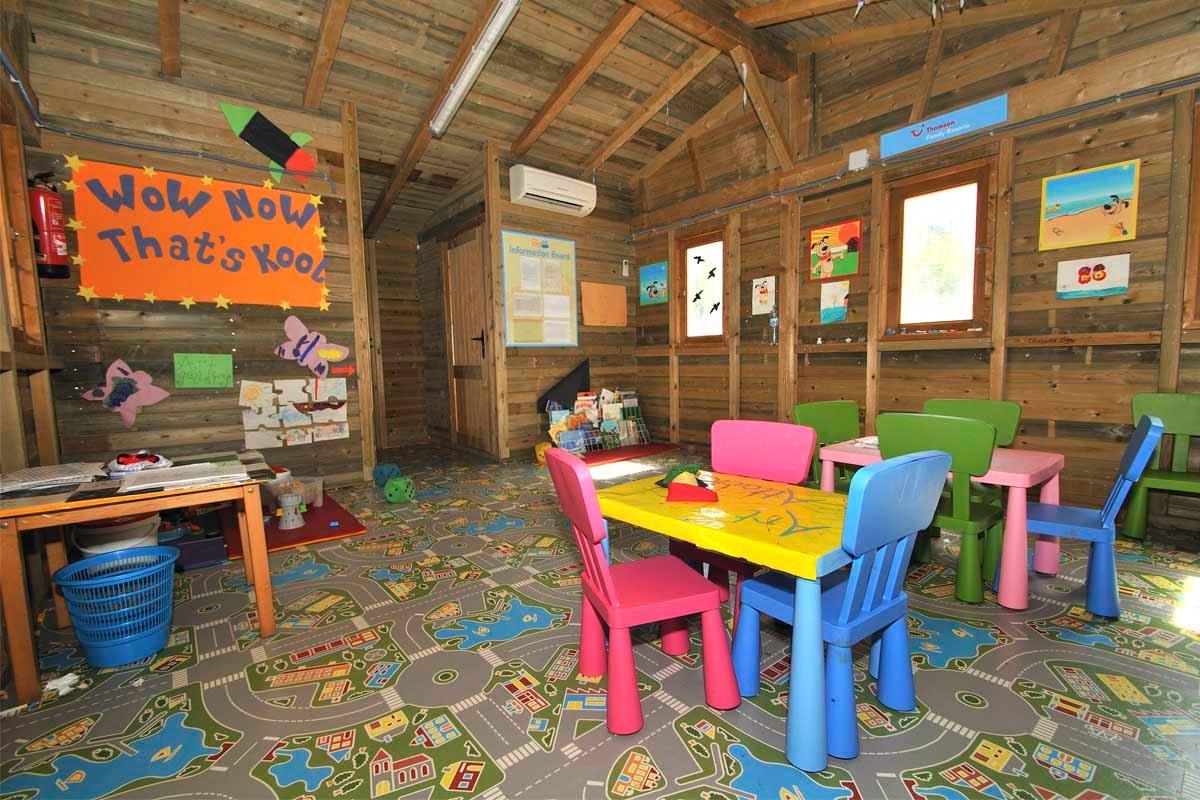 Baños Turcos Los Olivos:Hoteles para niños: Pollensa (Mallorca) – Hotel Aparthotel Playa Mar