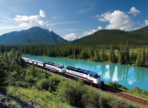 The World Geography 10 Fascinating Train Routes Across