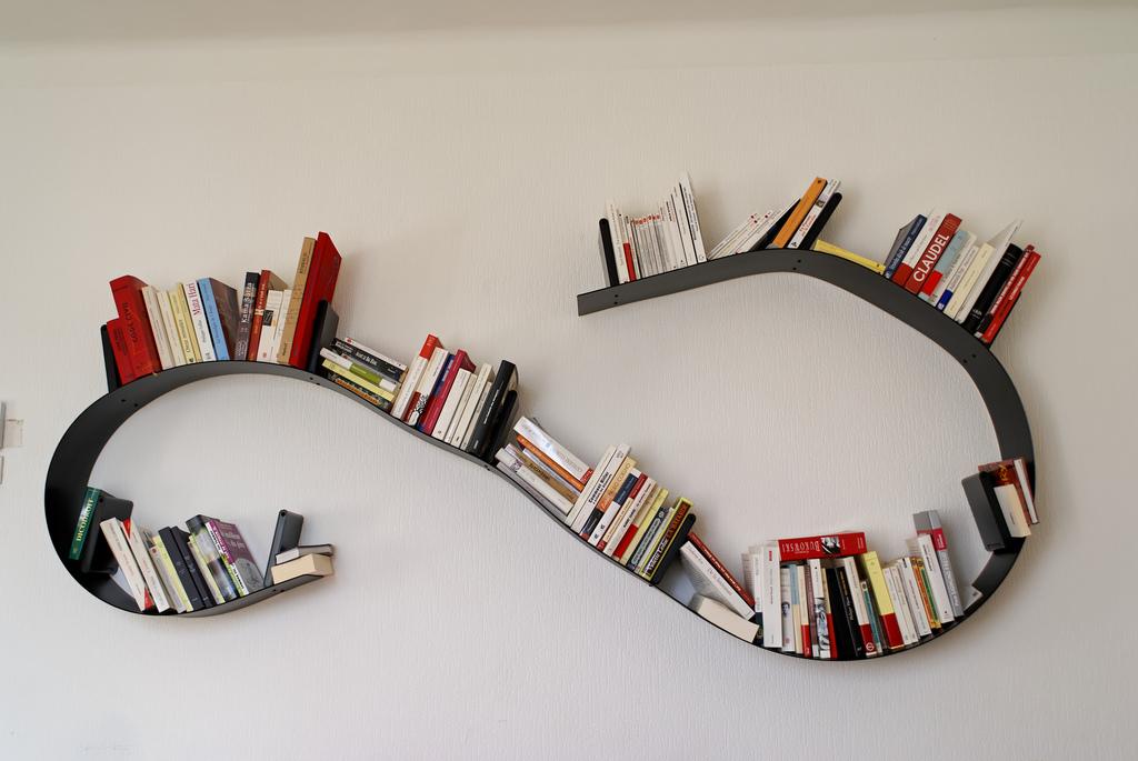 Bookworm bookshelf by Kartell Shelf | moderndesigninterior.com