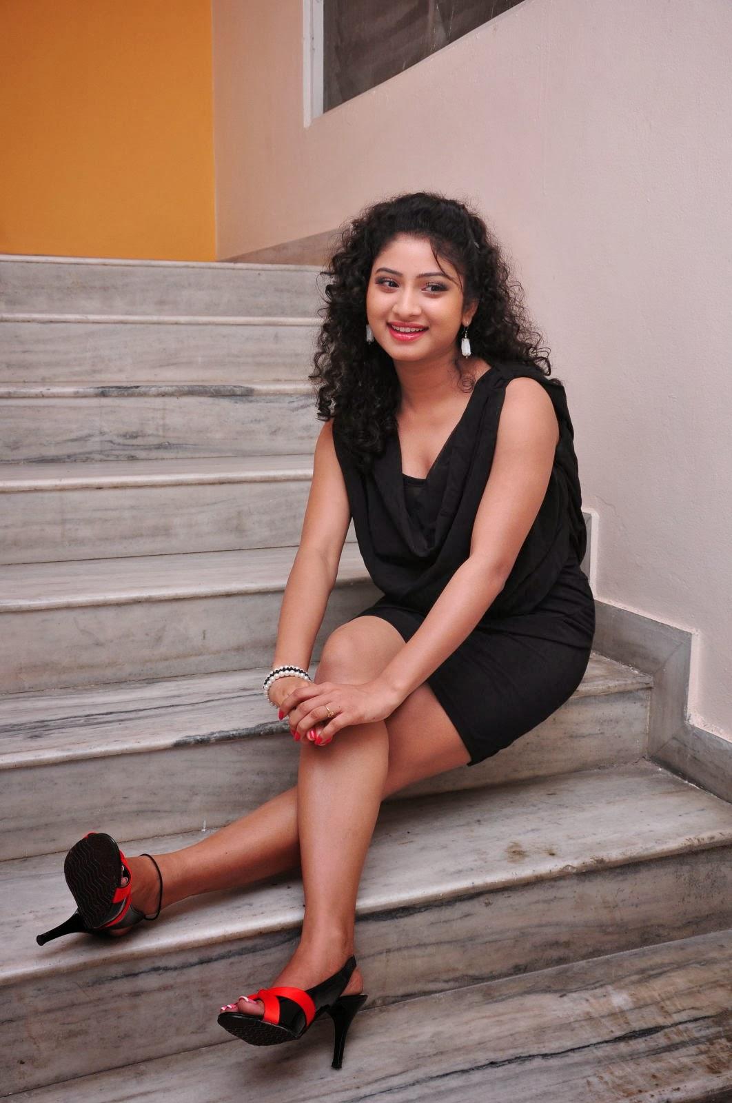 Vishnu Priya Hot Photos in Black Short Dress at Man of the ...