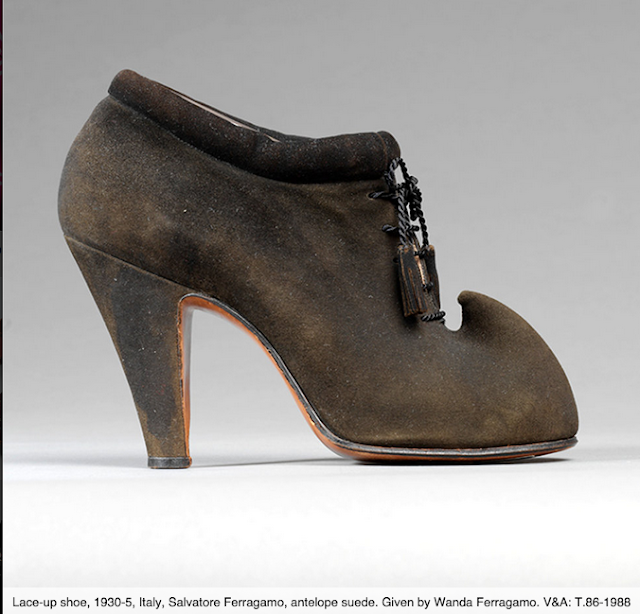 Victoria-and-albert-museum-clarks-shoes-pleasure-and-pain-elblogdepatricia-zapatos-calzado