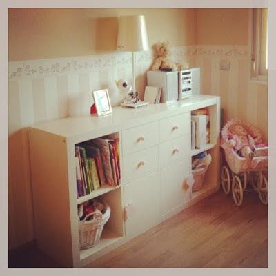 Utilidades estantería expedit para habitación infantil