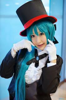 Vocaloid Hatsune Miku Cosplay by Chii