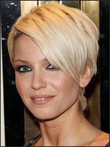 Kort kapsel voor vrouwen met een rond en vol gezicht - halflange kapsels rond gezicht