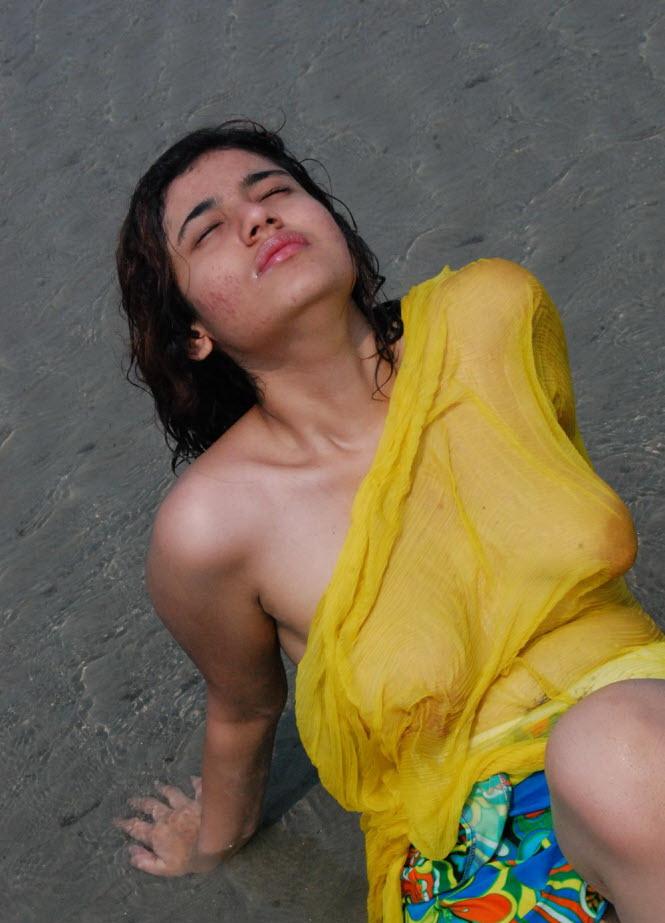 Nude Indian Girl River Bath