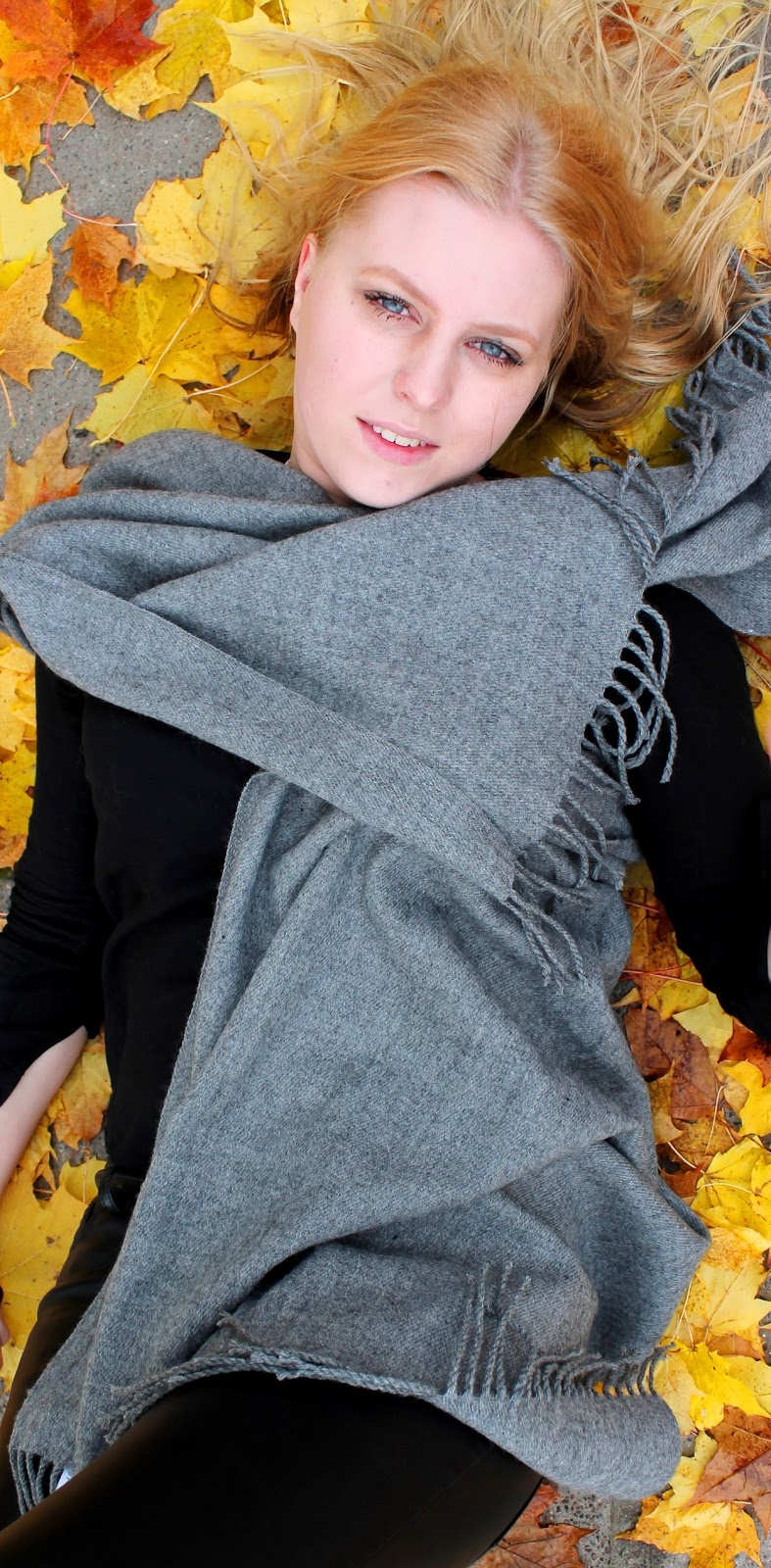 leaves, autumn, fall, hair, beauty, ad astra, astra, pieces, huivi, scarf, leaf, sexy, eyes, beautiful, girl, women, fashion, preppy, stylish, style