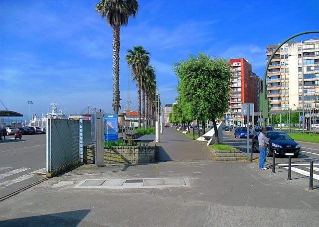 Paseo de la Estacion Maritima de Santander