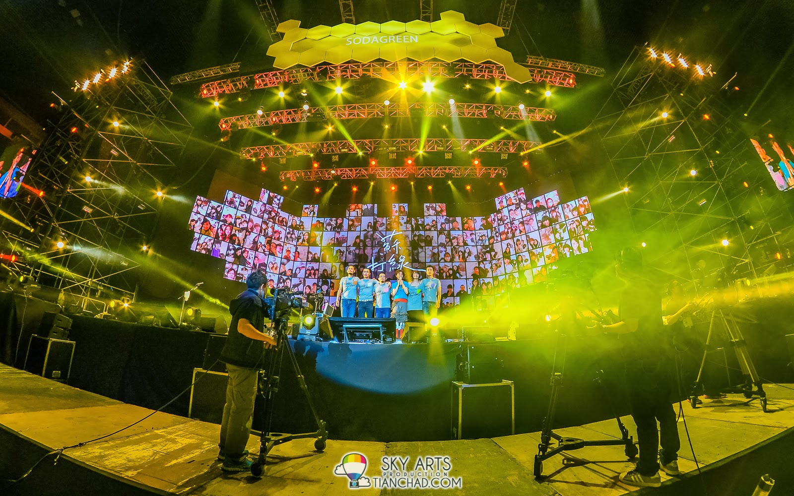"苏打绿《当我们一起走过》巡回演唱会 - 吉隆坡站 Sodagreen ""Walk Together"" Tour Live in Kuala Lumpur 摄于3月1号 @ Putra Indoor Stadium"