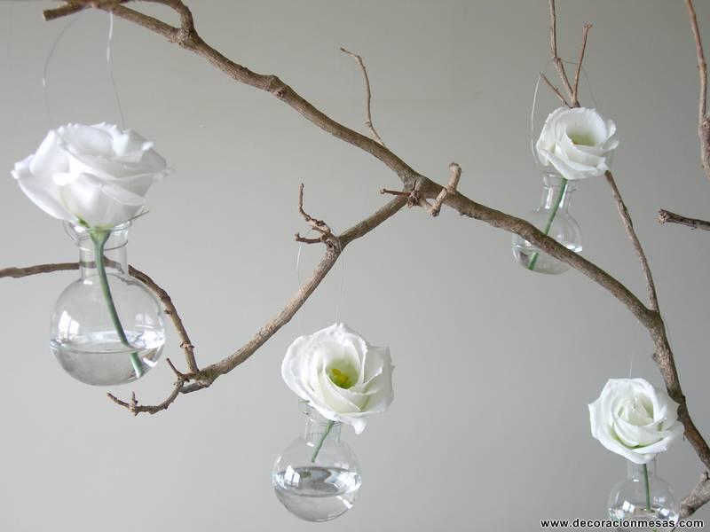Decoracion de mesas mesa en gris y blanco for Ramas blancas decoracion