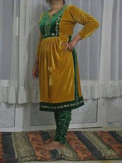 http://www.almaraaworld.com/2013/11/Algeria-Balsrwal-old-dresses-House.html